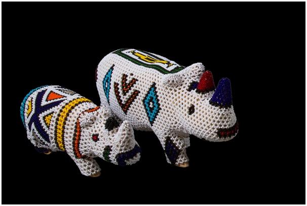 Ndebele-Beaded-Rhino